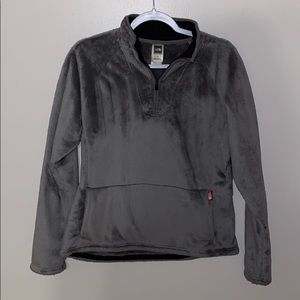 The Northface Women's Fuzzy Pullover